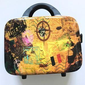 Heys Small Toiletry / Cosmetics Luggage Case NWOT